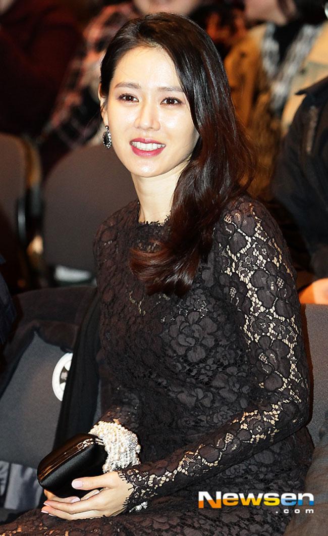 So Ji Sub, Son Ye Jin tái ngộ trong phim mới sau 16 năm? - Ảnh 2.