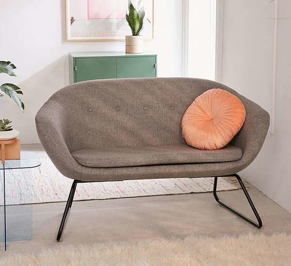 Đổi gió cho phòng khách với những mẫu sofa thiết kế đẹp và giá mềm - Ảnh 12.