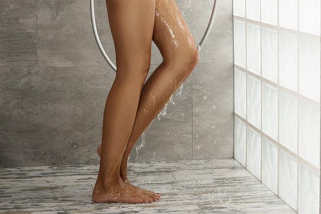 '. Đừng đùa: Những thói quen tắm vào mùa hè này dễ khiến bạn bị đột quỵ, mất mạng như chơi .'