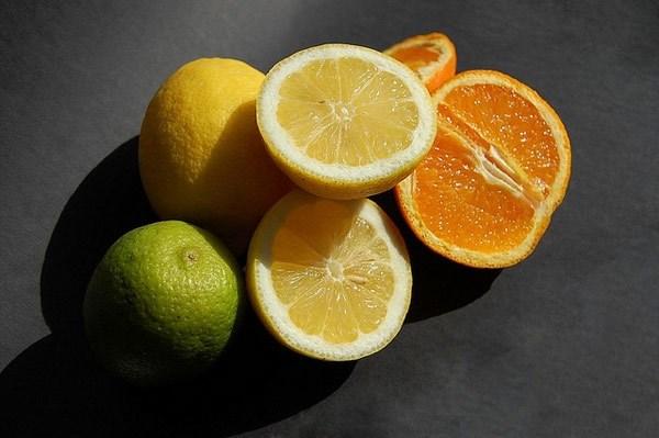 Mùa hè đến rồi, hãy bổ sung top thực phẩm này vào chế độ ăn để có lớp kem chống nắng tự nhiên hoàn hảo - Ảnh 4.