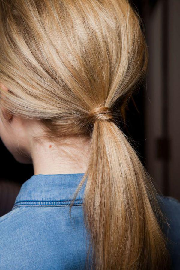 Tóc đuôi ngựa buộc thấp  – đơn giản nhưng chưa bao giờ hết hot - Ảnh 19.