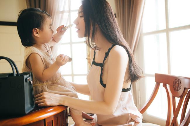 Những người phụ nữ đẹp, hiện đại tiết lộ cách chăm sóc bản thân và gia đình - Ảnh 14.