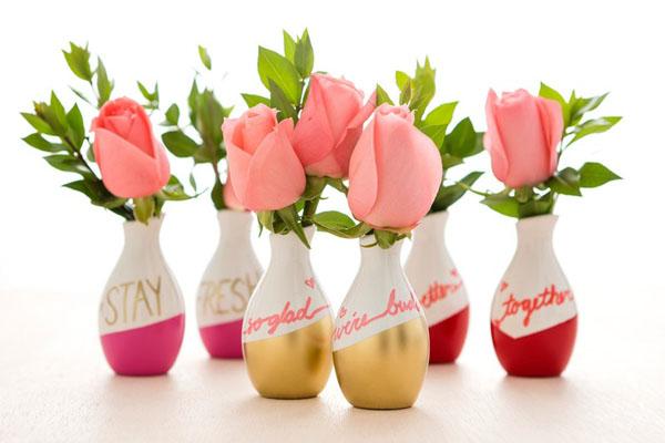 4 cách tái chế chai lọ làm bình hoa trang trí nhà tinh tế - Ảnh 13.