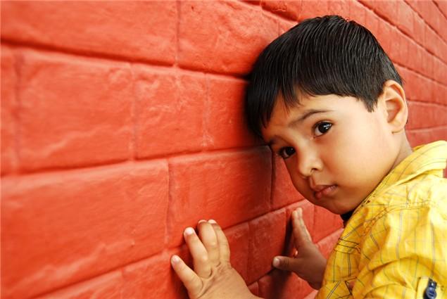 Những hiểu lầm tai hại về <a target='_blank' href='http://www.phunuvagiadinh.vn/tag/hoi-chung-tu-ky'>hội chứng tự kỷ</a> - Ảnh 1.