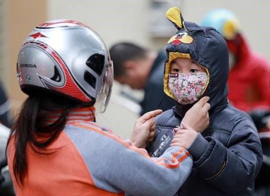 Không khí lạnh tăng cường, Hà Nội Hà Nội lạnh dưới 16 độ C - Ảnh 1.