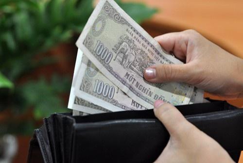 Chồng mỗi tháng thu nhập hơn 20 triệu, cho vợ bầu ăn bám mỗi ngày 100 ngàn cả ăn cả đi chợ - Ảnh 4.