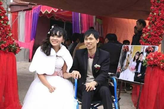Gia đình phản đối, sợ bị lừa, cô gái này vẫn quyết tâm cưới chàng trai bị liệt tứ chi hơn 9 tuổi - Ảnh 3.