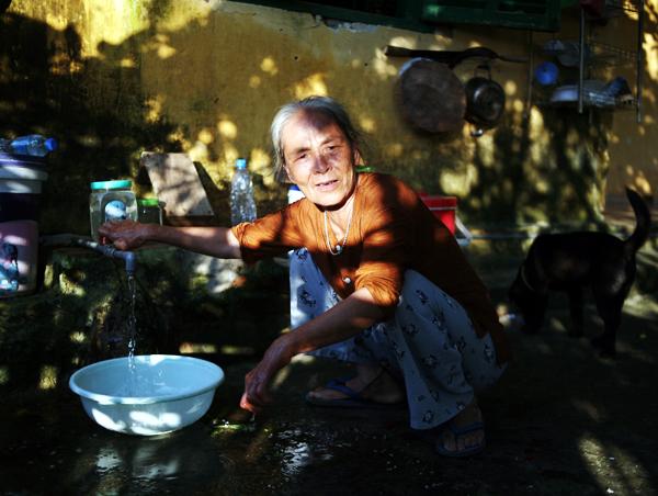 Cuộc sống côi cút của 10 cụ già trong trại phong đã bỏ hoang nhiều năm ở Hà Nội - Ảnh 12.
