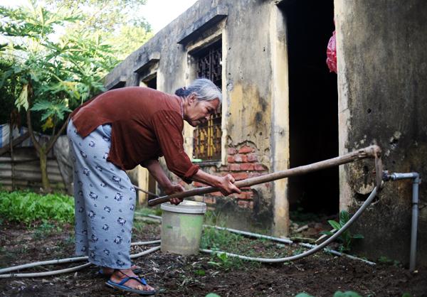 Cuộc sống côi cút của 10 cụ già trong trại phong đã bỏ hoang nhiều năm ở Hà Nội - Ảnh 13.