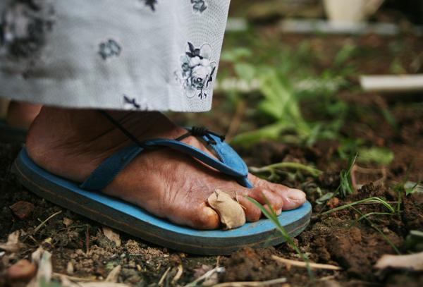 Cuộc sống côi cút của 10 cụ già trong trại phong đã bỏ hoang nhiều năm ở Hà Nội - Ảnh 14.