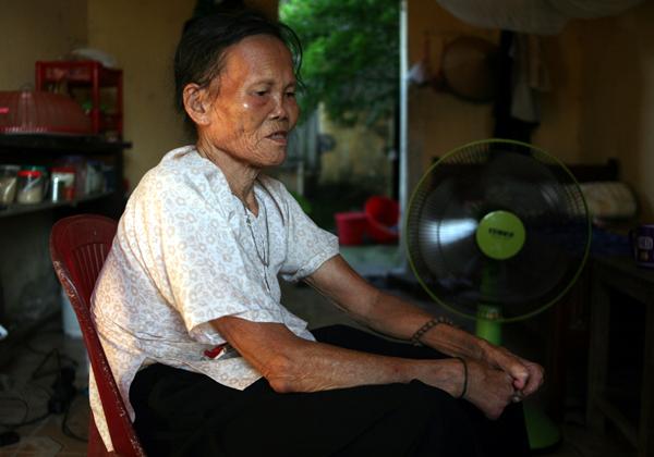 Cuộc sống côi cút của 10 cụ già trong trại phong đã bỏ hoang nhiều năm ở Hà Nội - Ảnh 4.