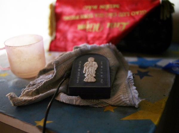 Cuộc sống côi cút của 10 cụ già trong trại phong đã bỏ hoang nhiều năm ở Hà Nội - Ảnh 11.