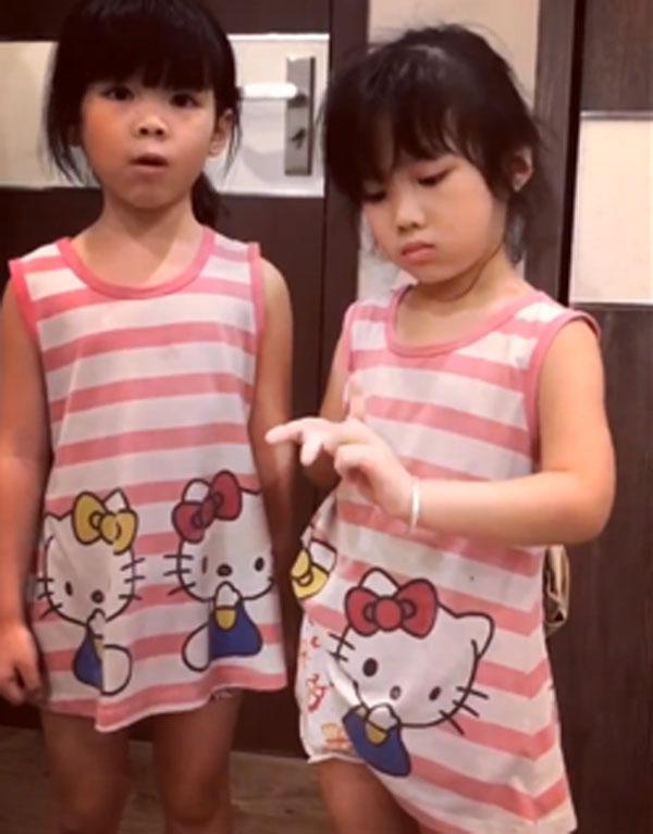 Không cần đánh mắng, cách mẹ của 2 em bé Việt bắn tiếng Anh như gió dạy con nhận lỗi khiến ai cũng thích thú - Ảnh 3.