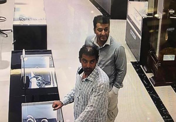 Lạng Sơn: 2 khách ngoại quốc trộm đồng hồ hàng hiệu trên 200 triệu đồng bị tóm tại Hà Nội - Ảnh 2.