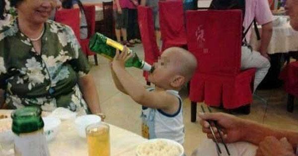 Trẻ uống bia, dù chỉ là 1 ngụm nhỏ, sức khỏe cũng có thể bị tàn phá khủng khiếp - Ảnh 3.