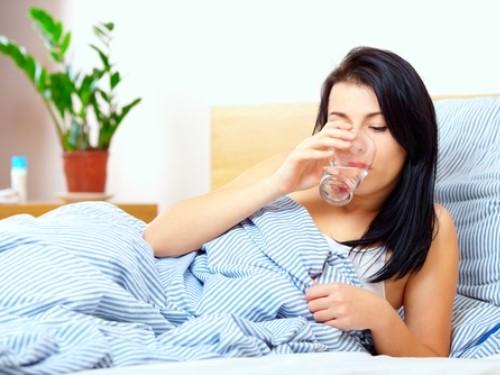 Nghe lời cô bạn Nhật Bản, tôi uống nước mỗi sáng khi đói và kết quả sau 1 tháng... - Ảnh 1.