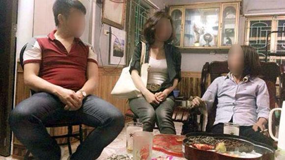 Đến nhà người yêu chơi, tiểu thư nông thôn bị cả huyện người soi mói chuyện ăn cơm bằng thìa, rửa bát dùng găng tay - Ảnh 6.