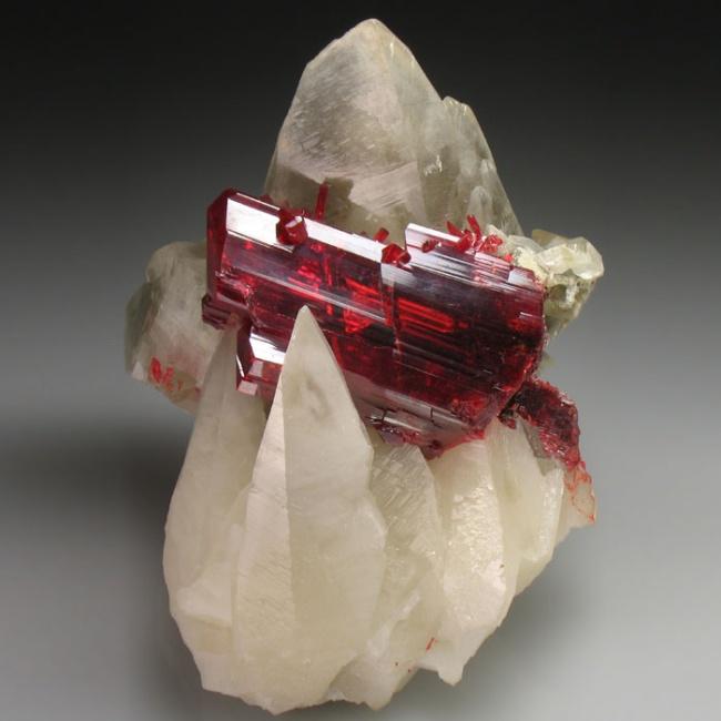 Những viên đá đẹp đến lạ lùng như chứa cả vũ trụ bên trong - Ảnh 17.