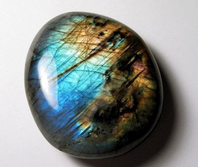 Những viên đá đẹp đến lạ lùng như chứa cả vũ trụ bên trong - Ảnh 22.