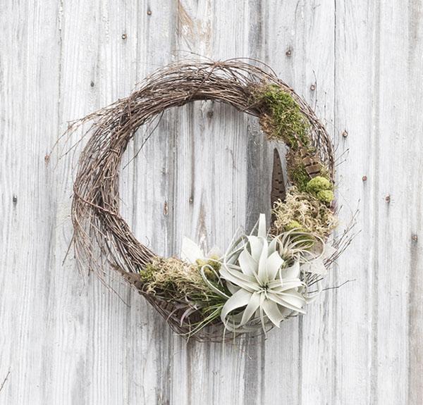 4 cách tự làm vòng hoa treo tường trang trí nhà thêm ấn tượng - Ảnh 6.