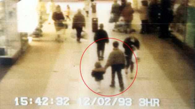Vụ án chấn động nước Anh: Hai kẻ sát nhân mới 10 tuổi tra tấn, giết hại bé trai 3 tuổi và nỗi day dứt của bà mẹ vì rời mắt khỏi con chỉ 1 phút - Ảnh 4.