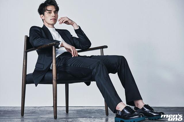 Lee Dong Wook - chàng Thần Chết tuổi dậu điển trai khiến chị em ngã quỵ - Ảnh 19.