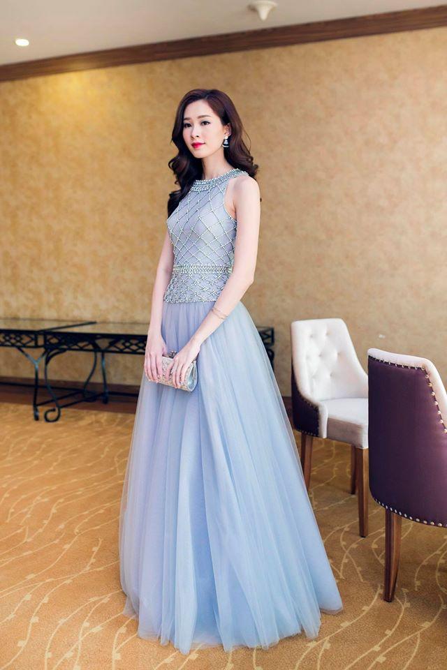 Vừa đăng quang Miss Globe, Khánh Ngân đã bị soi mặc lại váy của Thu Thảo từ năm ngoái - Ảnh 8.