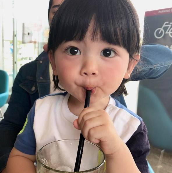 Gặp gỡ em bé Nhật dễ thương nhất instagram, sở hữu lượng fan hâm mộ khủng khắp thế giới - Ảnh 2.
