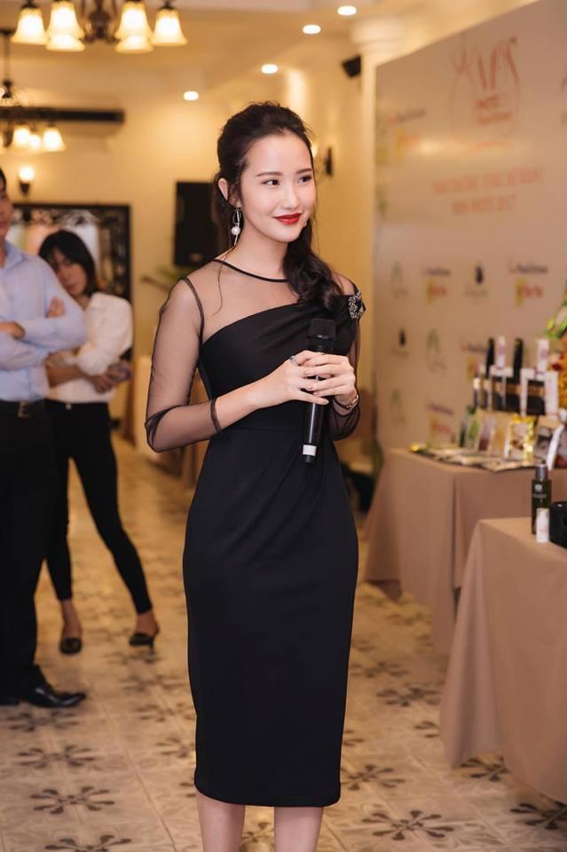 Điểm chung giữa phong cách thời trang và nhan sắc của Midu và tình mới Phan Thành - Ảnh 23.