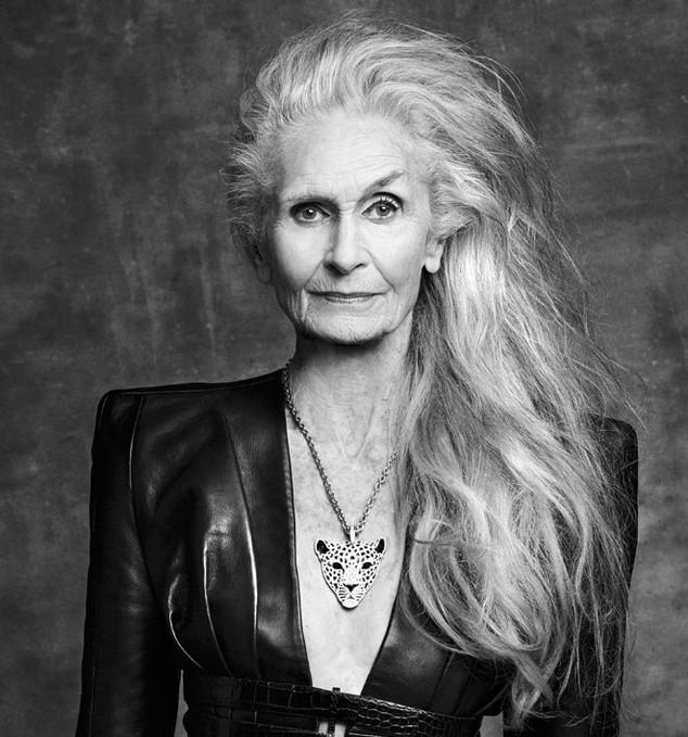 Siêu mẫu lớn tuổi nhất thế giới Daphne Self: 89 tuổi vẫn tự tin trở thành gương mặt quảng bá cho hãng mỹ phẩm - Ảnh 6.