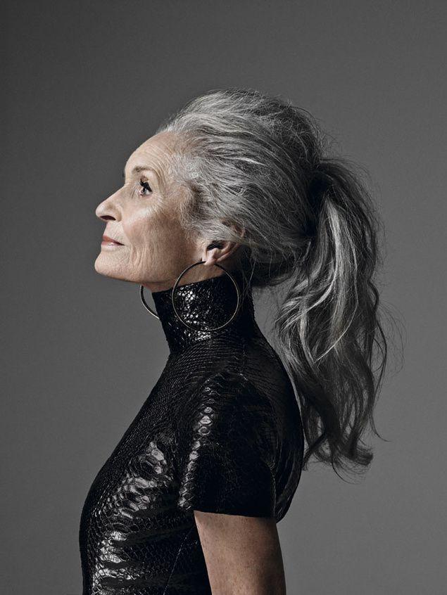 Siêu mẫu lớn tuổi nhất thế giới Daphne Self: 89 tuổi vẫn tự tin trở thành gương mặt quảng bá cho hãng mỹ phẩm - Ảnh 9.