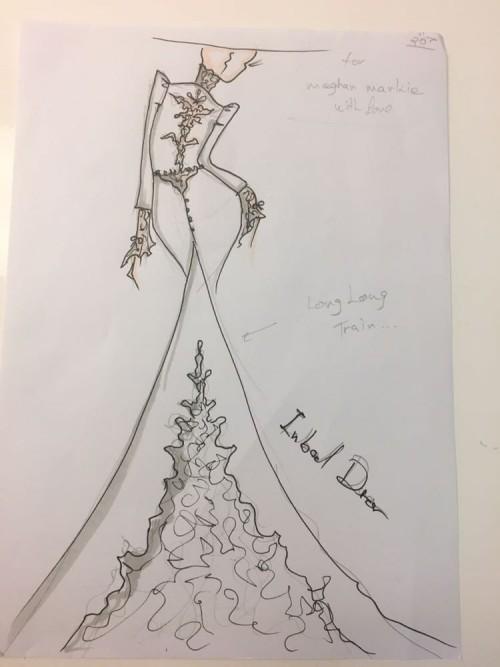 Những chiếc váy cưới hàng hiệu nằm trong tầm ngắm của 'lọ lem' Meghan Markle - Ảnh 1.
