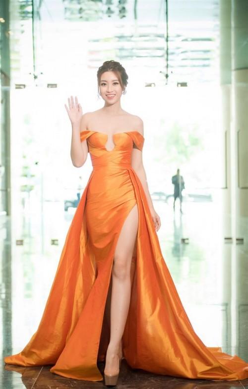 Thật lạ, cứ hễ chung đụng váy áo với Đỗ Mỹ Linh thì loạt người đẹp này bị 'nhấn chìm' ngay lập tức - Ảnh 12.
