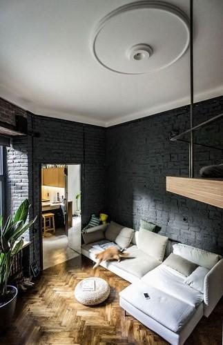 Căn hộ chung cư 35 m2 có gác lửng khiến nhiều người thích mê - Ảnh 3.