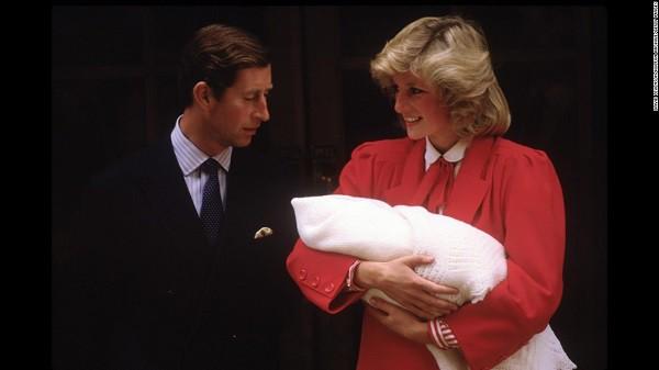 3 câu nói hắt nước đổ đi của Thái tử Charles khiến Công nương Diana thú nhận lúc đó tôi biết mọi hy vọng đã khép lại - Ảnh 1.