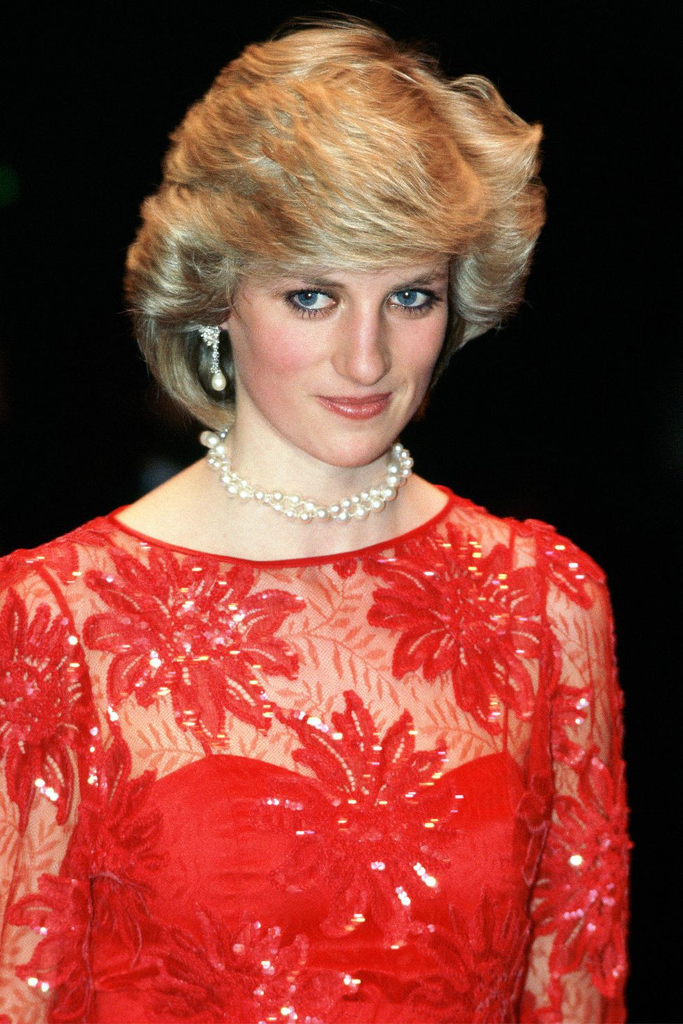 hbz-princess-diana-hair-1984-gettyimages-79733242-1502313842