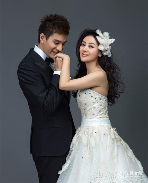 Lăng Vân Triệt Kinh Siêu: Chàng soái ca khước từ bao cô gái để kết hôn với người đẹp hơn tuổi, một đời chồng - Ảnh 6.