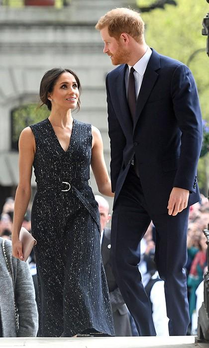Khoảnh khắc ngọt ngào của 4 cặp đôi nổi tiếng nhất hoàng gia Anh: Hiếm khi thể hiện nhưng vẫn làm công chúng ghen tị - Ảnh 28.