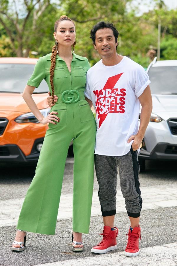 Hồ Ngọc Hà diện set đồ 130 triệu, chiếm sóng màn thử thách các thí sinh tại Asias Next Top Model  - Ảnh 2.