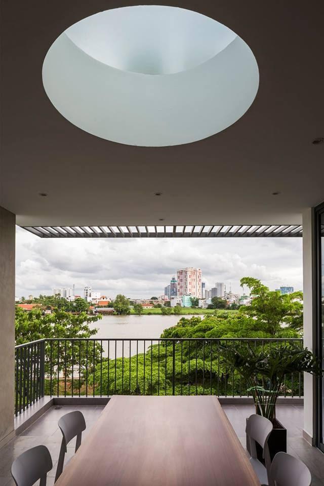 Ngôi nhà có tầm nhìn thẳng ra sông Sài Gòn với thiết kế mộc mạc nhưng sự tiện nghi thì không chê vào đâu được - Ảnh 10.