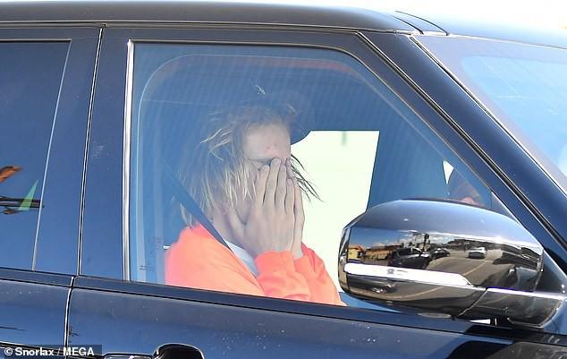 Justin Bieber bật khóc trước mặt Hailey Baldwin vì lo lắng bệnh tật có thể mang Selena Gomez ra đi mãi mãi  - Ảnh 3.