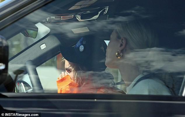 Justin Bieber bật khóc trước mặt Hailey Baldwin vì lo lắng bệnh tật có thể mang Selena Gomez ra đi mãi mãi  - Ảnh 2.