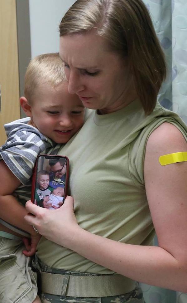 Nữ bác sĩ mất con vì bệnh cúm chỉ sau 2 ngày và lời khuyên: Hãy tiêm vắc xin ngừa cúm càng sớm càng tốt! - Ảnh 2.
