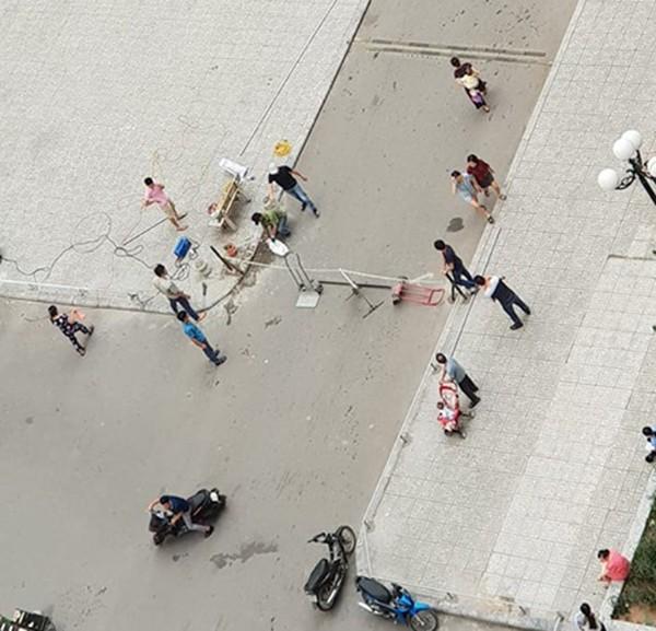 Hà Nội: Cư dân HH Linh Đàm sôi sục sau vụ tai nạn do xuất hiện dây xích chắn ngang đường - Ảnh 6.