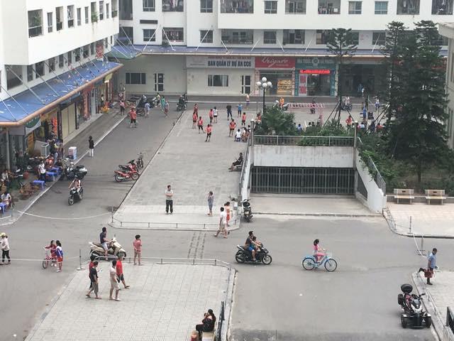 Hà Nội: Cư dân HH Linh Đàm sôi sục sau vụ tai nạn do xuất hiện dây xích chắn ngang đường - Ảnh 5.