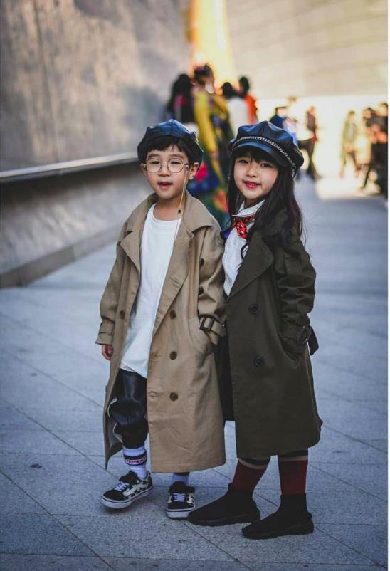 Cứ đến Seoul Fashion Week, dân tình chỉ ngóng trông street style vừa chất vừa yêu của những fashionista nhí này - Ảnh 17.