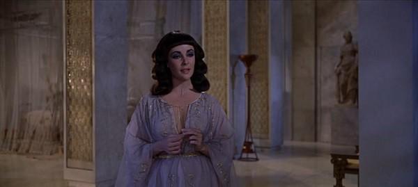 Không ngờ đây chính là cách hút hồn đàn ông của Nữ hoàng Cleopatra mà trăm phát trăm trúng - Ảnh 2.