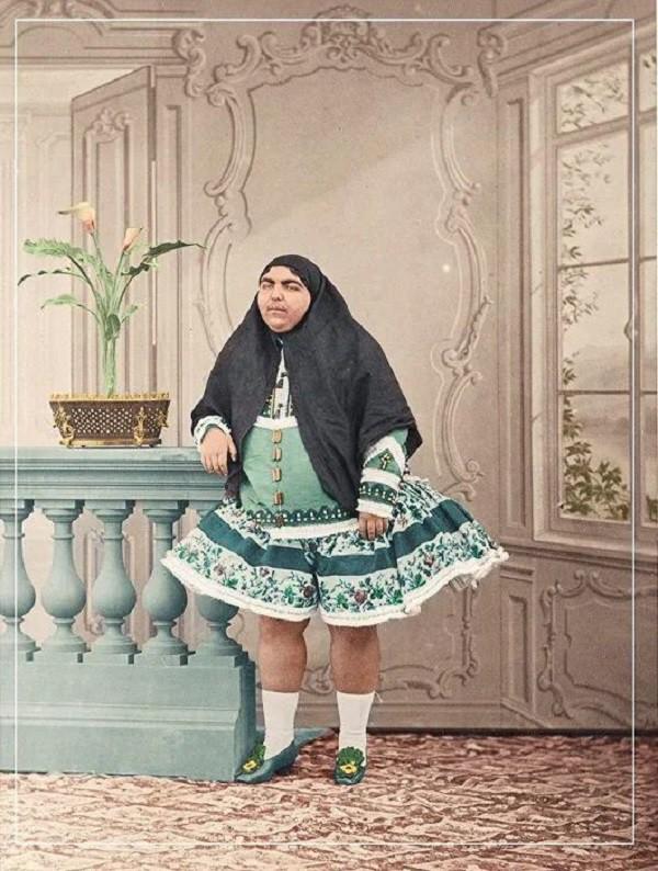 Thực hư về Công chúa ria mép xinh nhất xứ Ba Tư khiến 13 chàng trai tự tử bị vì từ chối lời yêu gây nghi vấn bao lâu nay - Ảnh 2.