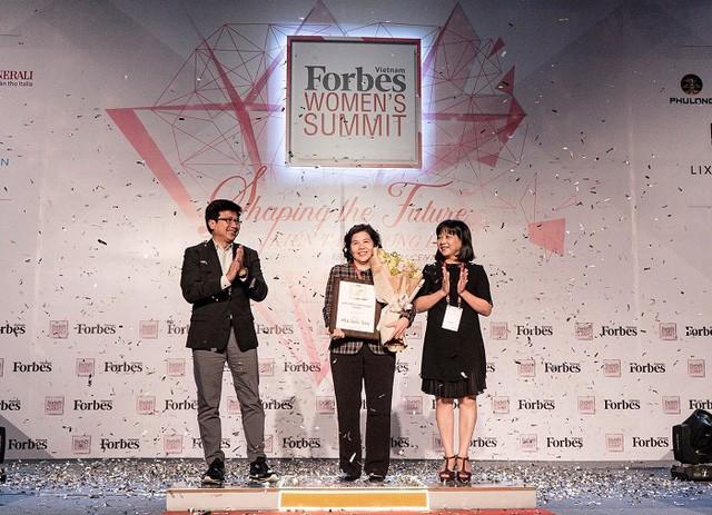 """Tổng giám đốc Vinamilk được Forbes Việt Nam vinh danh """"Thành tựu trọn đời"""" - Ảnh 2."""