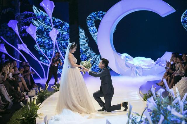 """""""Cô gái thời tiết"""" Mai Ngọc xúc động sải bước cùng 9 cô dâu khác trong vườn địa đàng của Calla - Ảnh 5."""